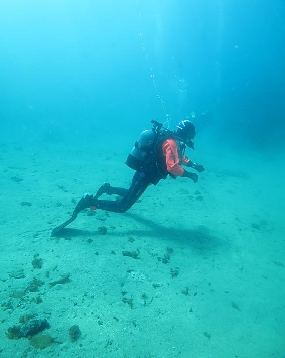 中性浮力 ダイビング フィンピボット