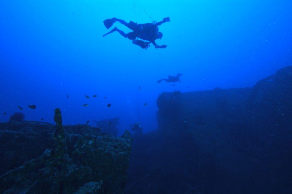 エモンズ 沖縄 ダイビング