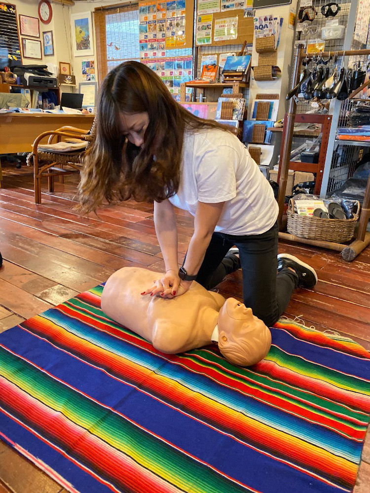 PADI EFR 緊急時 応急処置 CPR