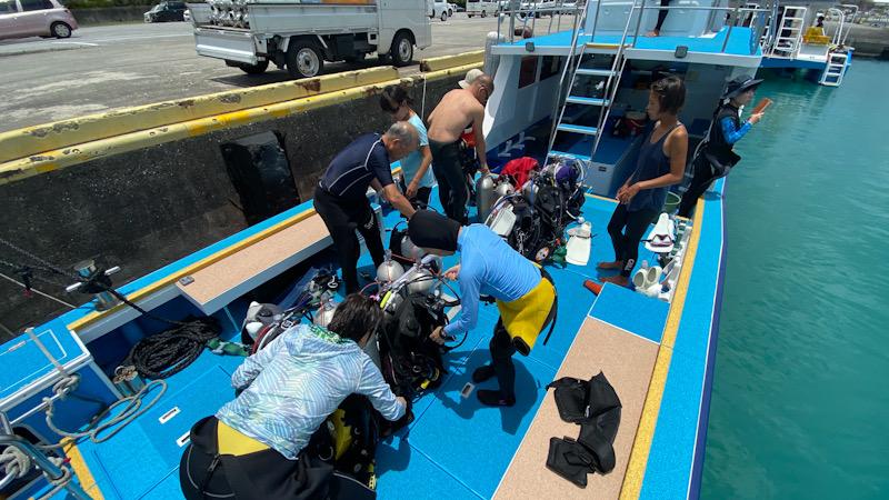 ダイビング 西表島 神奈川 ツアー ボートダイビング
