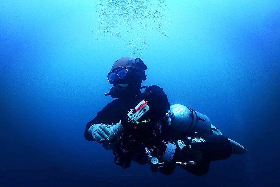 沈船 レック サイドマウント ペネトレーション ダイビング
