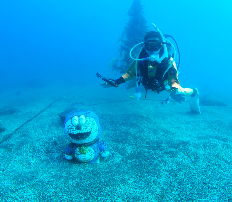江の浦 ダイビング 中性浮力 講習 ドラえもん