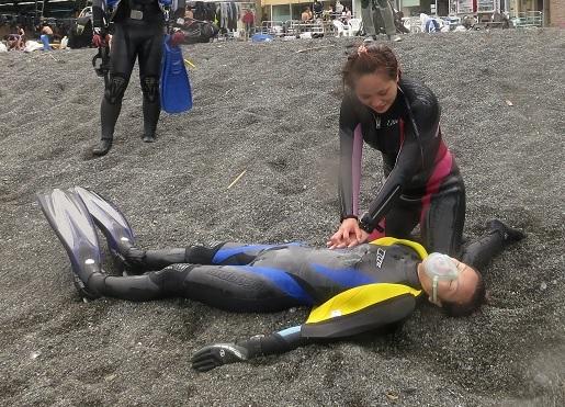 CPR ダイビング PADI レスキュー
