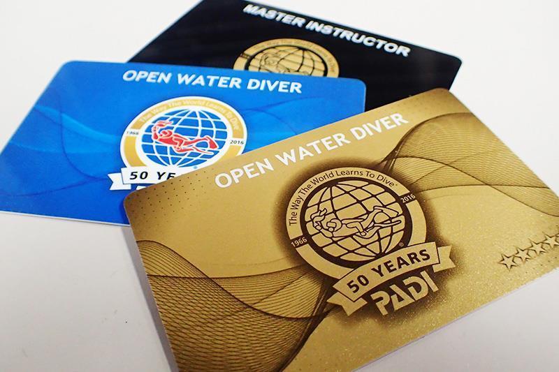 PADI 50周年記念デザインCカード届く | PADIスキューバダイビング ...
